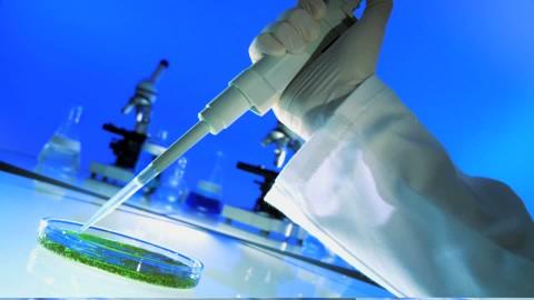 692350946-boite-de-petri-immunologie-bacteriologie-pipette